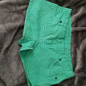 Hurley shorts, green size 28